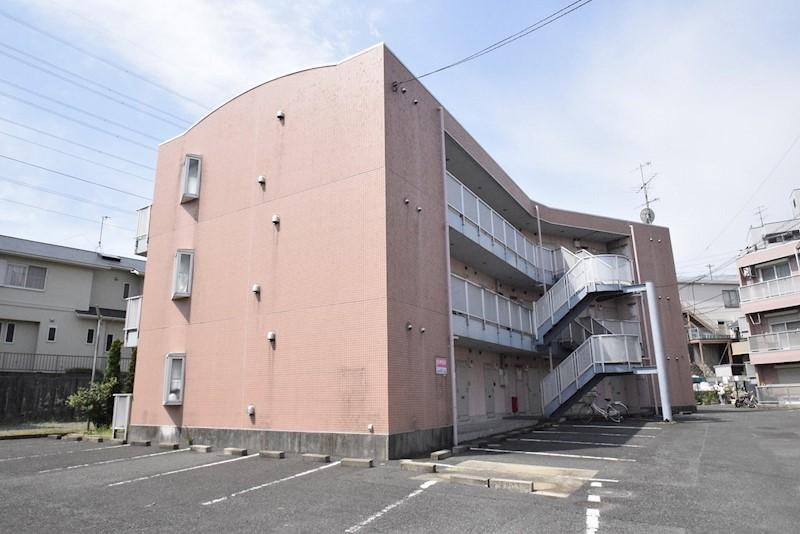 神奈川県伊勢原市桜台2丁目