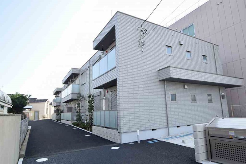 神奈川県海老名市本郷