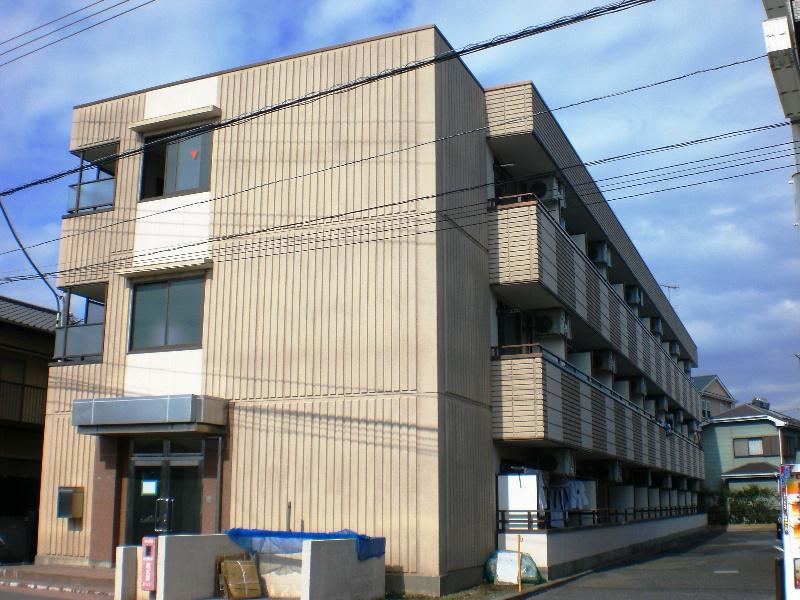 神奈川県茅ヶ崎市赤松町